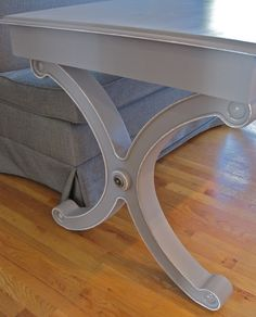 "Excellent ""Newbie"" tips for Annie Sloan Rookies!  Love what she did with this table and want to explore her blog more! ~ Driven By Décor: Annie Sloan Chalk Paint Newbie Tips"