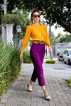 #color #inverno #pantone #look #ootd #outono #cores #moda Quirky Fashion, Colorful Fashion, Look Fashion, Girl Fashion, Classy Outfits, Chic Outfits, Spring Outfits, Fashion Outfits, Color Combinations For Clothes