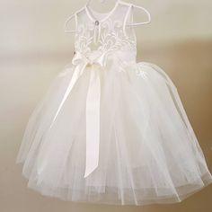The Rayya dress 👑 Girls Dresses, Flower Girl Dresses, Lace Applique, Christening, Delicate, Wedding Dresses, Flowers, Fashion, Bride Dresses