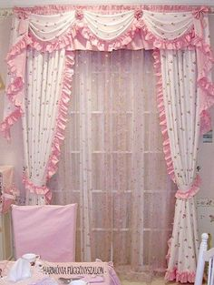 Fold Bed Sheets, Bed Sheet Curtains, Curtains And Draperies, Tulle Curtains, Elegant Curtains, Shabby Chic Curtains, Shabby Chic Pink, Rideaux Boho, Rideaux Shabby Chic