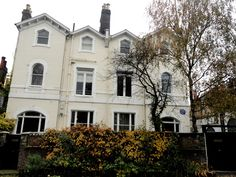 """The Elephant"" - Katherine Mansfield's house in Hampstead Katherine Mansfield, Authors, Writers, Mansions, Matilda, House Styles, Vw, Literature, Elephant"