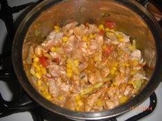 Kuracie soté so zeleninou (fotorecept) - recept | Varecha.sk Fried Rice, Fries, Ethnic Recipes, Food, Essen, Meals, Nasi Goreng, Yemek, Stir Fry Rice