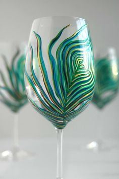 Share Pin Tweet Share StumbleUpon For the toasts, or during dinner, you can utilize these gorgeous sparkling wedding glasses. They're easy to make and you can get the glasses for as cheap as a dollar each. You'll need a lot of glitter in the color you want, modge podge, and glasses for each guest. How …