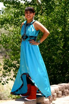 Traditional Authentic Native Designs by Irene Begay, Navajo Native American Clothing, Native American Regalia, Native American Beauty, American Indian Art, Navajo Clothing, Women's Clothing, Indian People, Native Style, Fashion Project