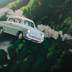 Mischief Maker Cakes I Gravity- Defying Sculpted Harry Potter Flying Car Cake I Flying Ford Anglia Cake I #mischiefmakercakes #themischiefmaker #sculptedcakes #harrypottercake #flyingfordanglia #flyingfordcarcake #harrypotterparty #harrypottercakes #harrypotterbirthday #gravitydefyingcakes #gravitydefyingcake #carcake #sculptedcarcake #mrweasleyscar #mrweasleysflyingcar #bemischievious Harry Potter Flying Car, Harry Potter Car, Harry Potter Birthday, Gravity Defying Cake, Ford Anglia, Sculpted Cakes, Pastry Cake, Amazing Cakes, Sculpting