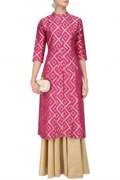 Vishwa by Pinki Sinha presents Pink brocade kali kurta and gold skirt set available only at Pernia's Pop Up Shop. Kurti Neck Designs, Kurta Designs Women, Blouse Designs, Kurta Patterns, Dress Patterns, Dress Indian Style, Indian Dresses, Brocade Dresses, Brocade Suits