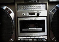 radio box boom retro stereo cassette tapeplayer