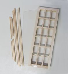 This 1 Inch Scale Dollhouse Window is simply gorgeous. My Doll House, Barbie House, Dollhouse Miniature Tutorials, Dollhouse Miniatures, Interior Trim, Interior And Exterior, Dollhouse Windows, Real Good Toys, House Template