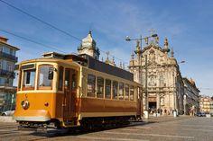 Old tram of Porto - Copyright portumen