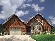 Craftsman Style 3 story 5 bedrooms(s) House Plan with 3506 total square feet and 3 Full Bathroom(s) from Dream Home Source House Plans