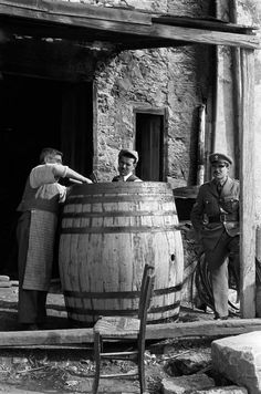 Erich Lessing; GREECE. Crete. 1955. Greece Pictures, Old Pictures, Old Photos, Vintage Photos, Old Greek, Greek Art, History Of Photography, Photography Lessons, Greece Photography