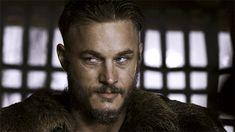 Ragnar's eyes.....best side glance EVER!