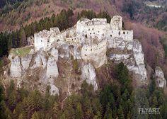 Slovanské Hradiská: hrad Lietava