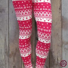 Find your fashion list and check it twice, because you found a pair of leggings that even Mrs.Clause will like! He sees you when you're sleeping and knows when you're awake, and if you want to stay off the naughty list, wear these leggings for goodness sake!