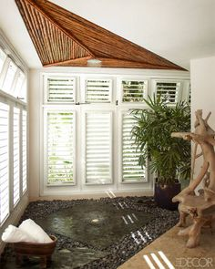 In the Dominican Republic, Juan Montoya conjures the ultimate tropical family retreat, where rooms are open to the sky and the Caribbean is a constant presence Tropical Bathroom, Tropical Decor, Beach Bathrooms, Tropical Style, Small Bathroom, Bathroom Ideas, Open Showers, Interior And Exterior, Interior Design