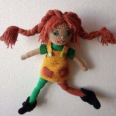 Pipi Dlouhá punčocha 30 cm Crochet Dolls, Tatoo, Crochet Doilies