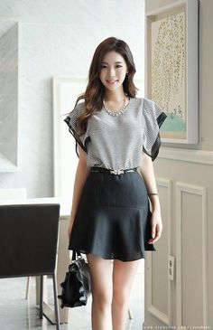 Korean Women`s Fashion Shopping Mall, Styleonme. Moda Fashion, Fashion Models, Girl Fashion, Classy Outfits, Girl Outfits, Fashion Outfits, Asian Woman, Asian Girl, Girls In Mini Skirts