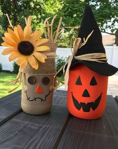 31 Amazing Diy Mason Jar Halloween Crafts To Spice Up Your Fall Decor. If you are looking for Diy Mason Jar Halloween Crafts To Spice Up Your Fall Decor, You come to the right place. Here are the Diy. Halloween Tags, Halloween Crafts, Holiday Crafts, Halloween Decorations, Halloween Design, Spring Crafts, Halloween Ideas, Halloween Party, Christmas Diy