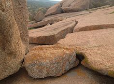 It's Rock Climbing Time! A MAGICAL place! Medicine for body, mind and SPIRIT! Enchanted Rock, Texas Vacations, Fredericksburg Texas, Peaceful Places, Travel Information, Rock Climbing, Bed And Breakfast, Attraction, Tourism
