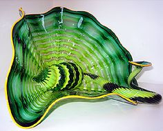 Dale Chihuly blown glass art: Celtic Emerald Persian Pair