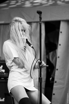 Catch The Pretty Reckless on their Going To Hell Tour in 2013!