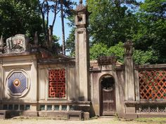 The 10 Most Accessible Ruins in Paris - Atlas Obscura