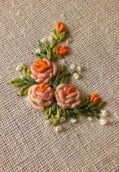 Wonderful Ribbon Embroidery Flowers by Hand Ideas. Enchanting Ribbon Embroidery Flowers by Hand Ideas. Brazilian Embroidery Stitches, Crewel Embroidery Kits, Hardanger Embroidery, Rose Embroidery, Learn Embroidery, Silk Ribbon Embroidery, Hand Embroidery Designs, Embroidery Patterns, Embroidery Thread