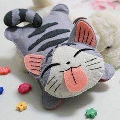 Felt kitty