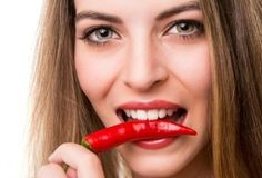 Heat Up Your Health and Weight Loss With Cayenne Pepper. Cayenne pepper has a TON of health benefits! #weightloss