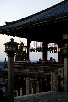二月堂夕景 Sunset at Nigatsu-do ,Todaiji ( temple) Japan