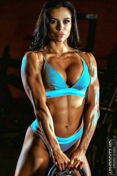 Fitness Workout For Women, Fitness Models, Cheer Abs, Muscle Building Women, Ripped Girls, Fitness Motivation Pictures, Muscular Women, Muscle Girls, Bikini Workout