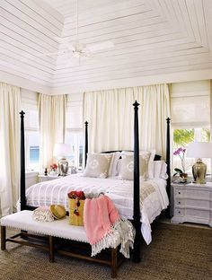 CHIC COASTAL LIVING: CASTAWAY CHIC IN HARBOUR ISLAND