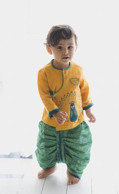 Baby Party Wear Dress, Baby Dresses, Girls Dresses, Ethnic Wear For Boys, Kids Dress Collection, Designer Kids Clothes, Cute Toddlers, Wedding With Kids, Boy Clothing