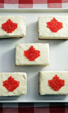 Celebrate July by whipping up a batch of these no-bake cheesecake bars that show off our maple leaf. Canadian Dishes, Canadian Cuisine, Happy Birthday Canada, Food Network Canada, No Bake Cheesecake, Canada Day, Graham Crackers, Thanksgiving Recipes, Food Network Recipes