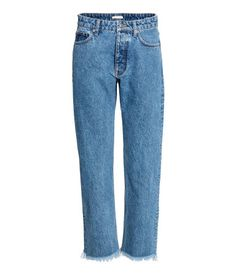 Never Mind Skinny Jeans—French Girls Will Be Wearing These Instead Jeans Skinny, H&m Jeans, Black Mom Jeans, Blue Denim Jeans, Washed Denim, Latest Fashion For Women, Fashion Online, Womens Fashion, Jeans Bleu
