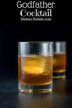 This godfather cocktail only has two ingredients in equal parts which makes it really easy to remember. It's also so delicious! The Godfather, Godfather Cocktail Recipe, Vodka Cocktails, Cocktail Drinks, Alcoholic Drinks, Bar Drinks, Coffee Drinks, Refreshing Drinks, Cocktails