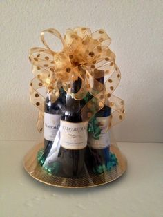 Raise Your Glass! St. Patrick's Gift Basket www.OhBowsGiftBaskets.com