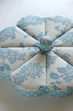Lotus Bleu : a serene life