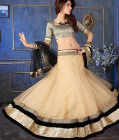 Explore from a wide range of lehenga choli online shopping. Shop for Ghagra choli, wedding and designer lehenga in a variety of colors at Sarees Palace. Lehenga Choli Online, Ghagra Choli, Indian Sarees Online, Bridal Lehenga Choli, Lehenga Saree, Pakistani Bridal Wear, Indian Wedding Outfits, Wedding Designs, Indian Fashion