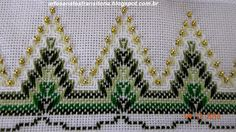 Discover thousands of images about Bordado Vela de Natal Vagonite- Material e Como Fazer Swedish Embroidery, Types Of Embroidery, Hand Embroidery Stitches, Diy Embroidery, Cross Stitch Embroidery, Embroidery Designs, Bordado Tipo Chicken Scratch, Huck Towels, Swedish Weaving Patterns