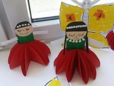 Preschool Crafts, Fun Crafts, Diy And Crafts, Crafts For Kids, Arts And Crafts, Flower Crafts, Activities, Dolls, Flowers