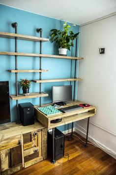 Industrial Reclaimed Scaffolding Board and Dark Steel Pipe Multi Media and Shelving Unit - Its salvaged vintage industrial design works Industrial Design Furniture, Vintage Industrial Furniture, Pipe Furniture, Furniture Projects, Urban Apartment, Scaffold Boards, Ideas Hogar, Scaffolding, Home Office Design