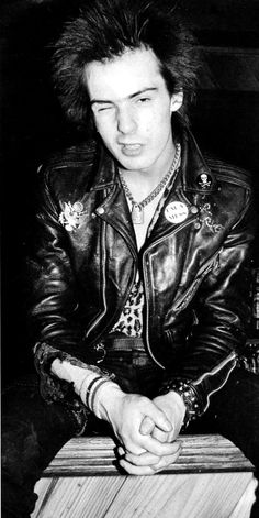 """""""I'll die before I'm 25, and when I do I'll have lived the way I wanted to.""""   --  Sid Vicious"""