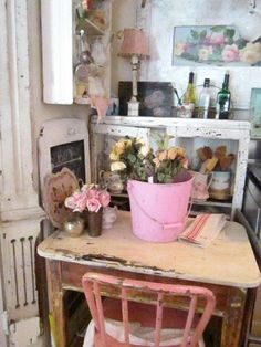 Vintage painted bucket | Vintage metal chippy painted pink shabby chic farmhouse bucket