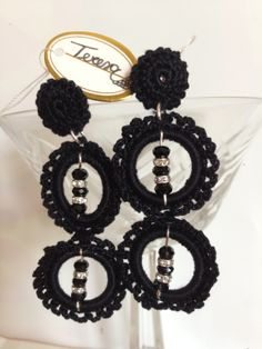 #Orecchini neri doppio cerchio con cristalli. Mod. 24 Color Ne.