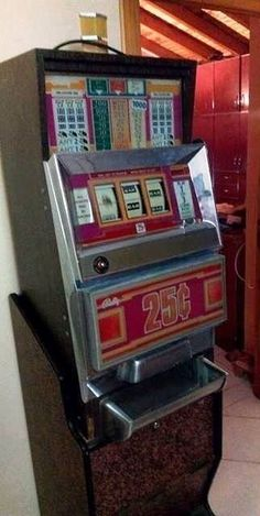 Vintage Slot Machine Fruit Antique Slots Casino Decorations Gambling Coin Cents
