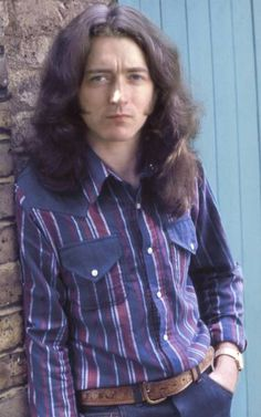Look at his eyes ! Rory Gallagher, Drunk Woman, Blues, Best Rock, Calling Cards, Him Band, To Loose, Sexy Men, Rock Stars