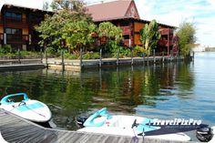 Disney's Polynesian Resort by travelpixpro.com, via Flickr