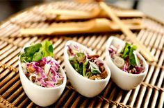 Salada de macarrão de arroz com tiras de frango agridoce   #ChefRenataVanzetto, #Marakuthai, #SaladaDeMacarrãoDeArroz, #ShoyuJaponês, #ShoyuTailandês, #TirasDeFrango