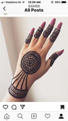 detailed mehndi design for hand Mehandi Design Henna Design# Mehandi Art Mehandi Art Henna Art Beautiful henna design by how lush the paste look like! Make the design so beautiful detailed mehndi design for hand Henna Flower Designs, Indian Henna Designs, Finger Henna Designs, Henna Tattoo Designs Simple, Full Hand Mehndi Designs, Mehndi Designs 2018, Modern Mehndi Designs, Mehndi Design Pictures, Bridal Henna Designs